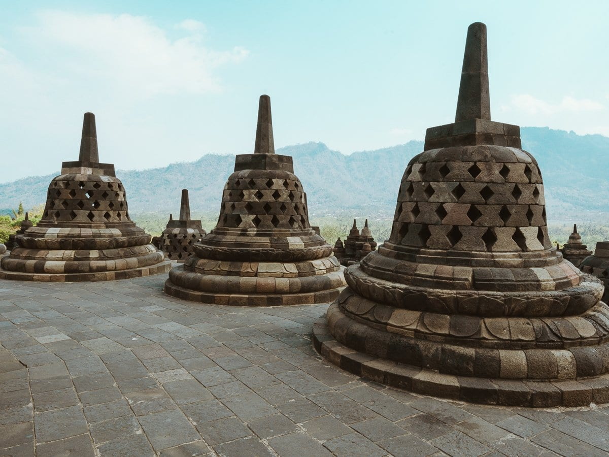 Top-things-to-do-in-Yogyakarta-Java-Indonesia-Borobudur