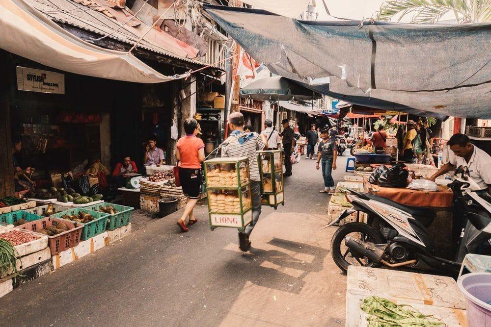local-markets-jakarta-9211674
