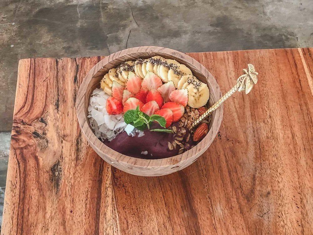 where-to-eat-in-canggu-bali-2983661