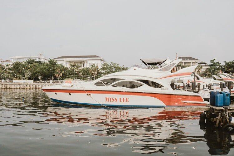 como-se-locomover-pela-indonesia-viagens-de-barco-elen-5bradera-blog-2929543