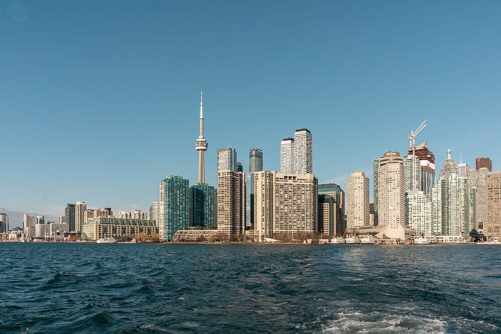 what-to-do-in-toronto-during-winter-toronto-islands-elen-pradera-blog
