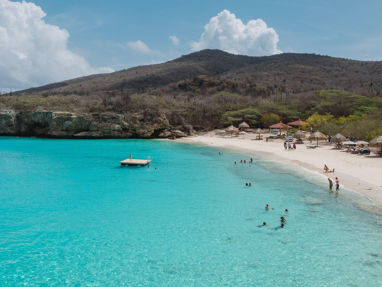 Praia-Kenepa-Grandi-em-Curacao