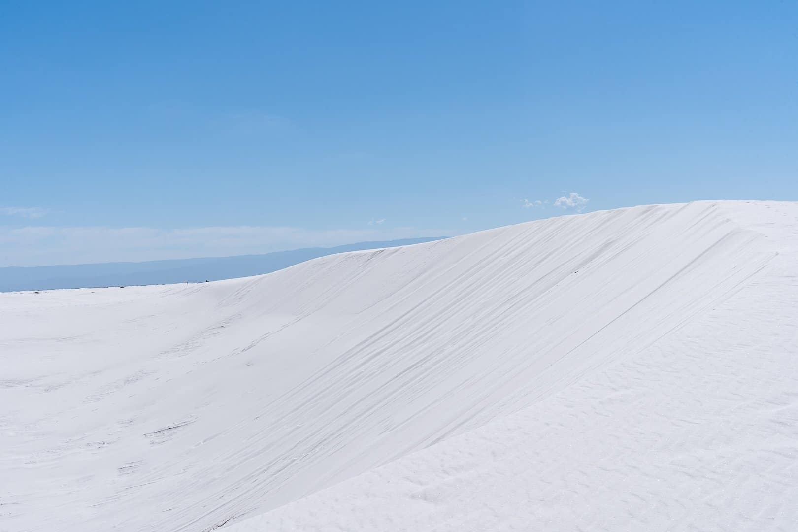 Dunes-of-white-Sands-national-park-new-mexico
